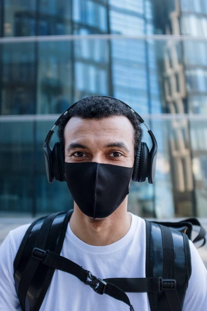 Kulit Wajah 'Breakout' Kerana Mask? Lelaki Ini Kongsikan Tip Untuk Kurangkannya