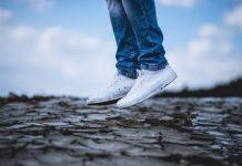 main sneakers