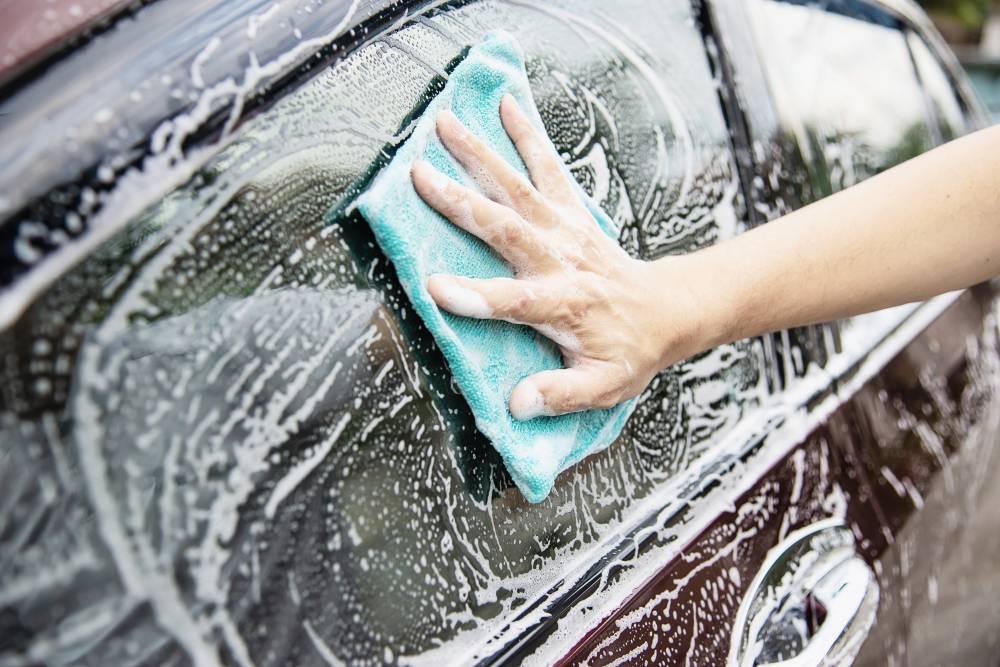 berkilat cuci kereta carwash