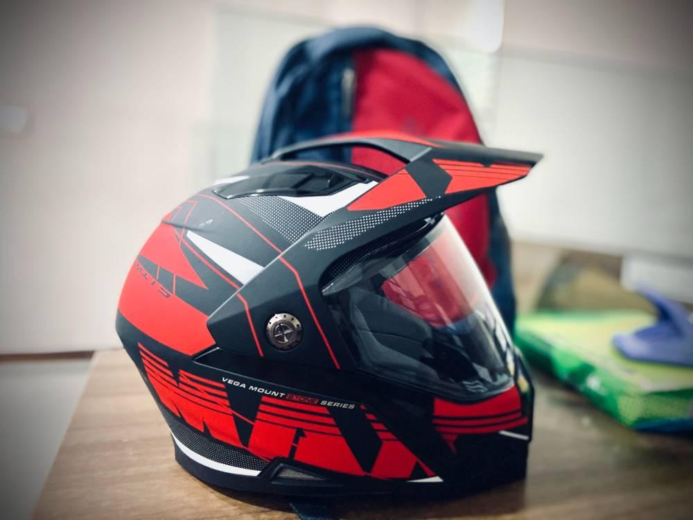 Jangan Abaikan Cara Penjagaan Helmet Kalau Nak Ia Kekal Bersih & Tak Berbau