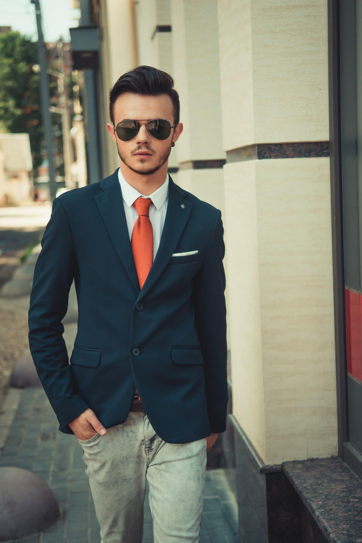 Ilusi Gaya Untuk Lelaki Rendah Nampak Tinggi & Segak Ketika Berpakaian
