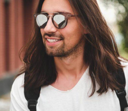 Stail Rambut Panjang, Ini Tip Yang Lelaki Perlu Tahu Agar Rambut Sihat & Kemas